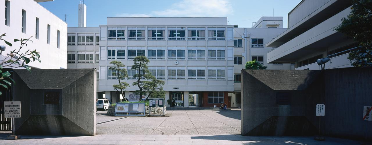 江古田旧校舎-正門